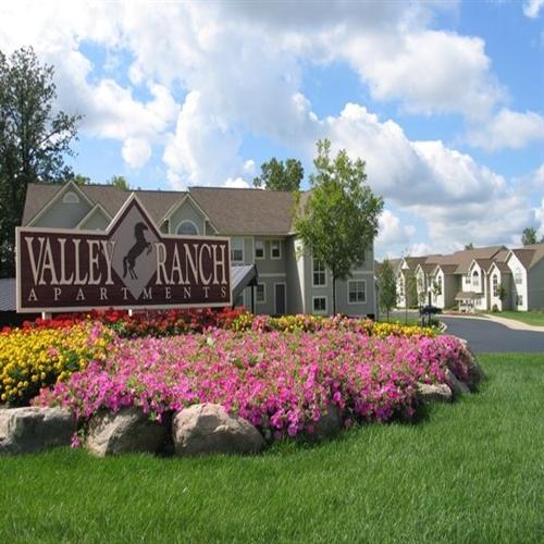 Oak Arbor Court: Valley Ranch Apartments